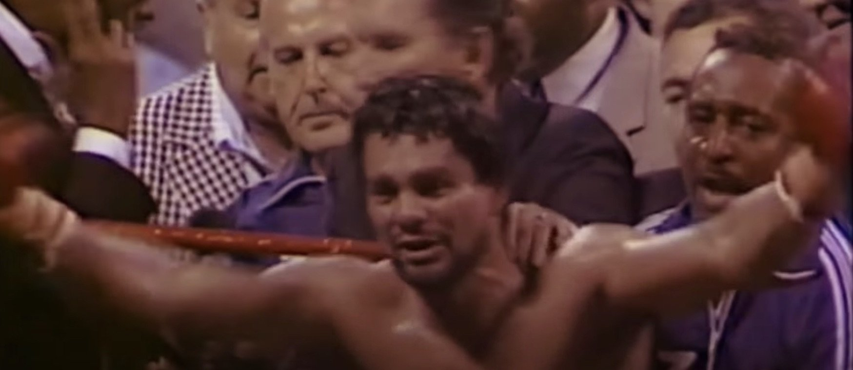 Ken Buchanan, Roberto Duran - Right now, the great Roberto Duran is being treated in hospital for the coronavirus. There was a time when the Panamanian legend put his opponents in hospital. Case in point, the fight that took place today in 1972 – Duran Vs. Ken Buchanan.