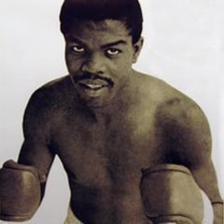 "Boxing History - In sad news, it has been reported how former WBA featherweight champion Ernesto Marcel passed away yesterday, at the age of 72. Reports say the Panamanian was battling ""numerous diseases"" and that he passed away early on Monday morning. Tributes have been coming in since."