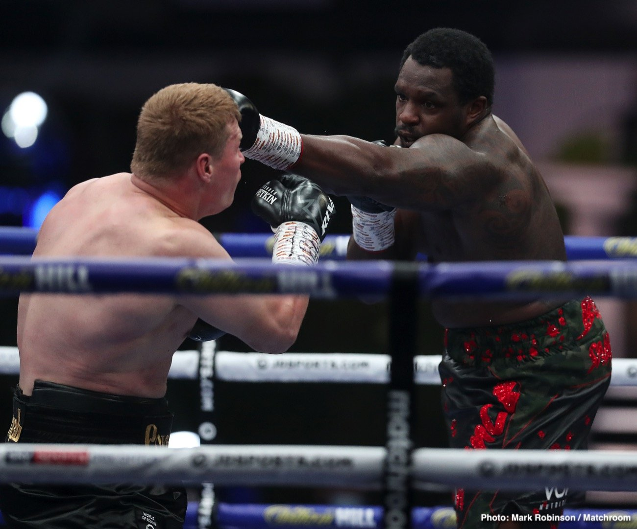 Alexander Povetkin, Alexander Usyk, David Haye, Derek Chisora, Dillian Whyte - David Haye is predicting that Dillian Whyte will brush himself off and come back from his crushing 5th round knockout loss to 40-year-old Alexander Povetkin to avenge his loss in their rematch in November. Whyte (27-2, 18 KOs) didn't look like the same fighter he normally is, according to Haye.