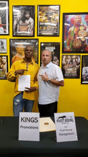 Atif Oberlton - King's Promotions is proud to announce the signing of United States amateur star Atid Oberlton to an exclusive promotional contract.