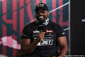 Alexander Usyk, Derek Chisora - The weights from today's weigh-in are in from  The SSE Arena, Wembley, where Oleksandr Usyk will face Derek Chisora live on  DAZN in all of its nine markets including the U.S. and Sky Sports Box Office in the UK.