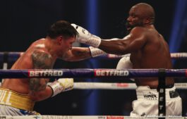Alexander Usyk, Derek Chisora - Oleksandr Usyk (18-0, 13 KOs) used his technical skills to wear down and defeat Dereck Chisora (32-10, 23 KOs) by a competitive 12 round unanimous decision Saturday night at the Wembley Arena in Wembley, UK.