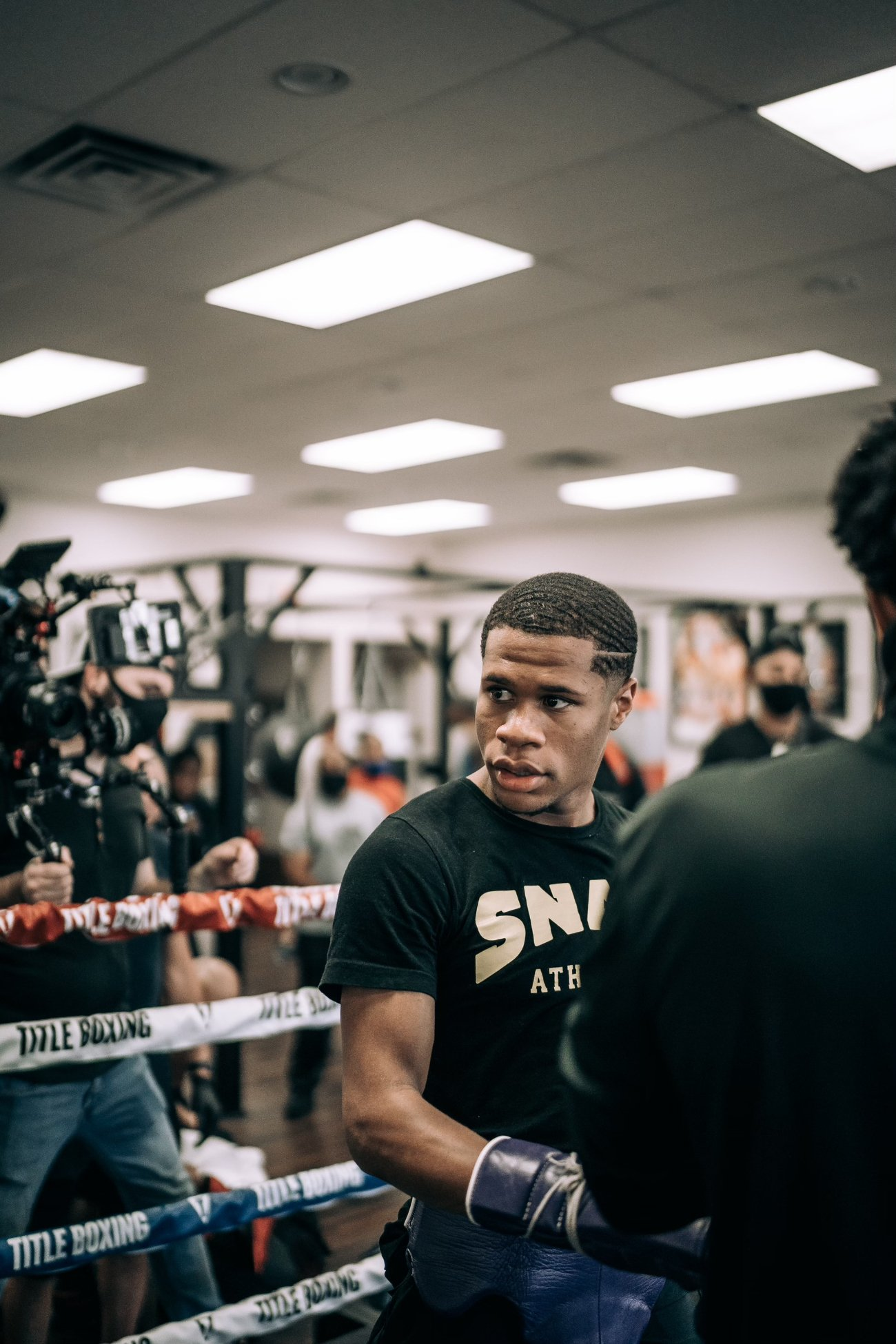 """Devin Haney, Yuriorkis Gamboa - Undefeated WBC lightweight world champion Devin """"The Dream"""" Haney (24-0, 15 KOs) will return to the ring on November 7, 2020, against former 2004 Olympic Gold Medalist and two-time world champion Yuriorkis Gamboa (30-3, 18 KOs)."""
