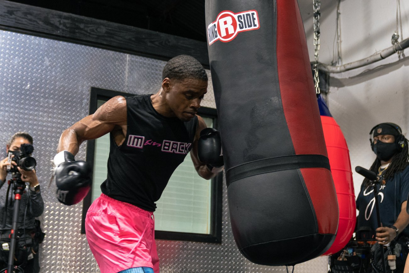 Danny Garcia, Errol Spence Jr. - Unified welterweight world champion Errol Spence Jr. faces two-division champion Danny Garcia in the FOX Sports PBC Pay-Per-View Main Event on Saturday, December 5 at AT&T Stadium in Arlington , TX
