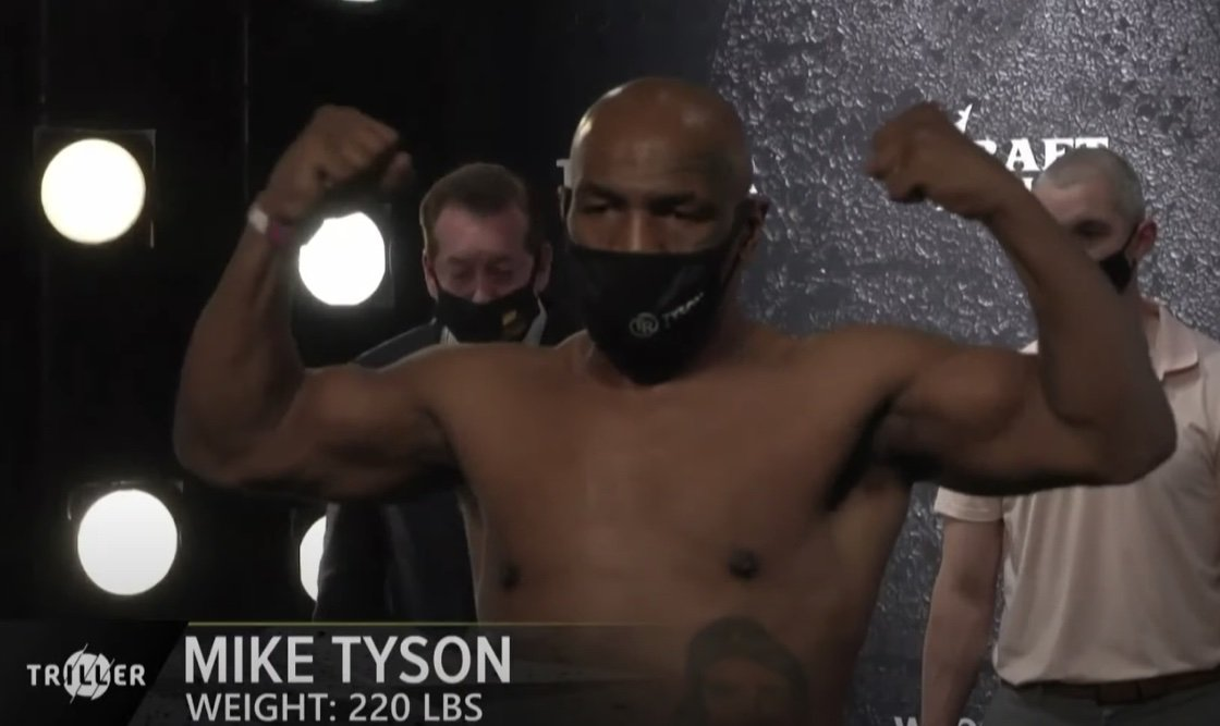 Evander Holyfield, Mike Tyson - Boxing News