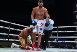 """Filip Hrgovic - Is Filip Hrgovic the best of the current crop of young and unbeaten heavyweights? Maybe. The 28 year old Croatian made a statement of sorts last night in becoming the first man to stop crafty, tough, sometimes spoiler Rydell Booker. It wasn't pretty – Hrgovic referred to his own performance as """"stiff"""" and """"tight"""" - but Hrgovic got the stoppage in round five when the ref had seen enough."""