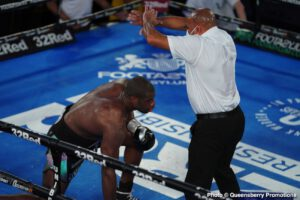 Daniel Dubois, Joe Joyce, Johnny Nelson - Former cruiserweight champion Johnny Nelson says heavyweight Daniel Dubois showed a weakness in character by quitting on a knee in the 10th round last Saturday night against Joe Joyce in their fight at the Church House in London, England.
