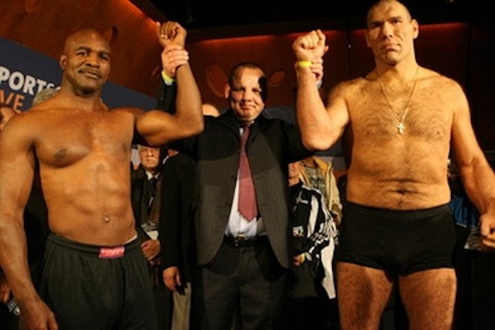 Evander Holyfield, Nikolai Valuev - Boxing History
