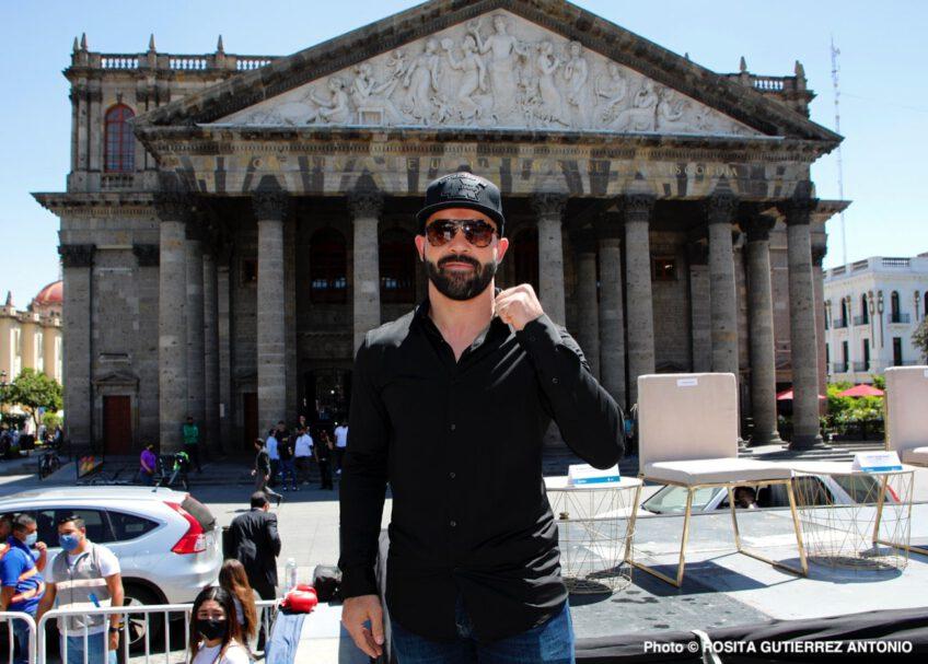 Hector Camacho Jr, Julio Cesar Chavez, Omar Chavez, Ramon Alvarez - Boxing News