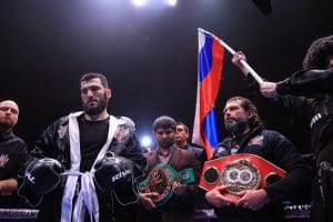 Canelo Alvarez vs. Artur Beterbiev targeted for 2022 at 175
