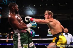 Mayweather goes the distance with Logan Paul, fans unhappy