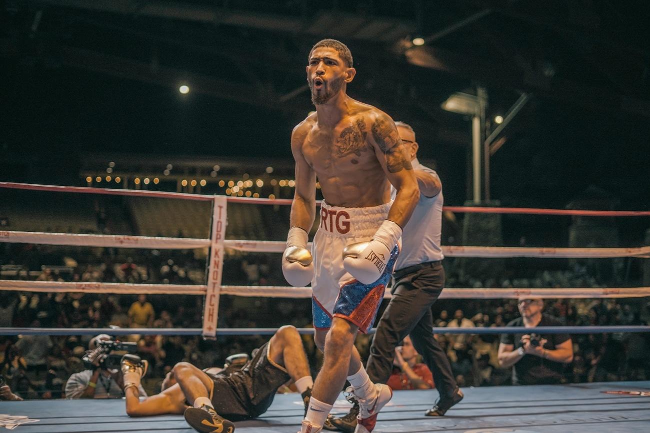 Carlos Dixon, Moises Flores - Boxing Results