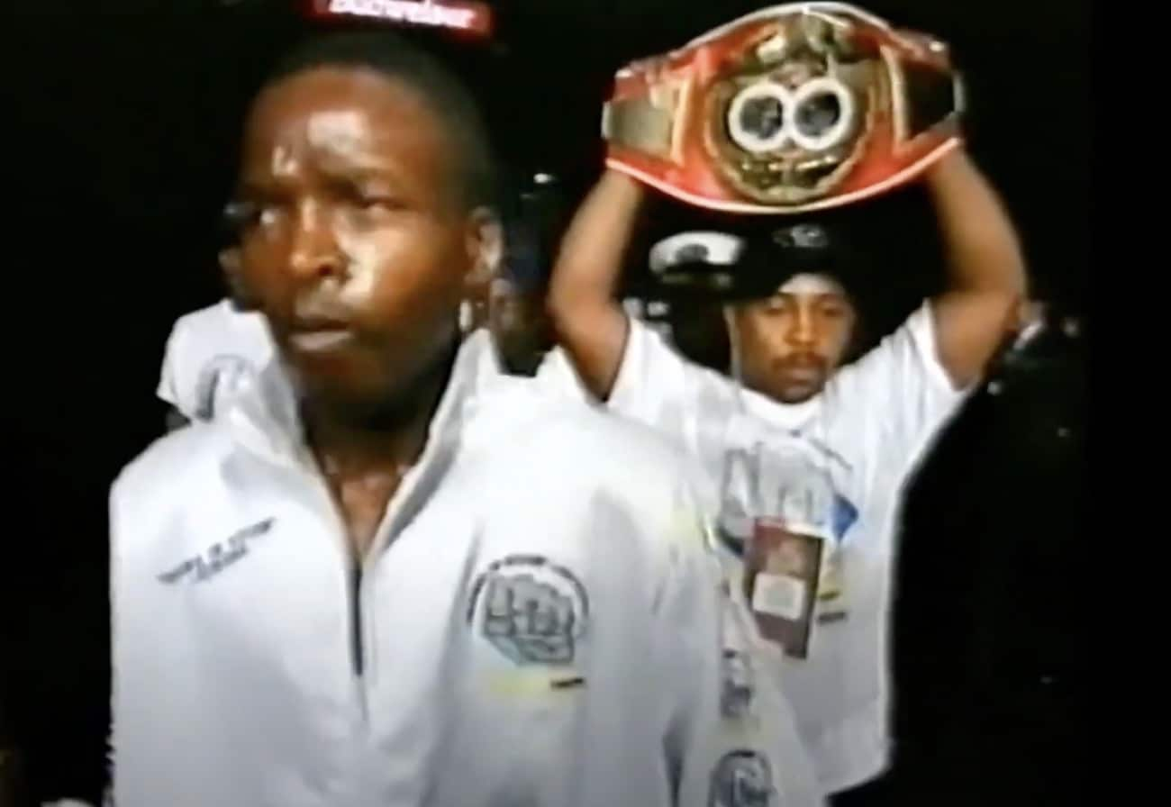 Lehlo Ledwaba - Boxing History