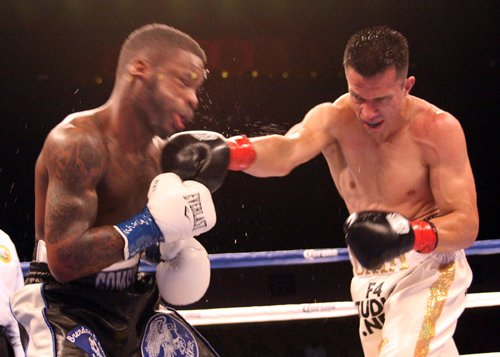 Francisco Santana Hands Gomez First Loss Seeks Bigger Fight