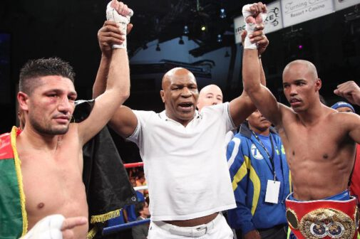 """Arash Usmanee, Argenis Mendez, Mike Tyson - VERONA, N.Y. (August 23, 2013) - Photos by  TOM CASINO / IRON MIKE PRODUCTIONS - International Boxing Federation (IBF) junior lightweight champion Argenis """"La Tormenta"""" Mendez (21-2-1, 11 KOs) retained his title after battling challenger Arash Usmanee (20-1-1, 10 KOs) to an exciting 12-round majority draw in tonight's """"Tyson Is Back!"""" event, live on the ESPN Friday Night Fights 2013 season finale, at Turning Stone Resort Casino in Verona, New York."""