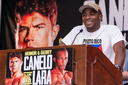 "(Photo credit: Hogan Photos) Former WBA/WBC junior middleweight champion Saul ""Canelo"" Alvarez (43-1-1, 31 KO's) will be able to take advantage of WBA junior middleweight champion Erislandy Lara (19-1-2, 12 KO's) each time he corners him in their catch weight fight on July 12th at the MGM Grand in Las Vegas, Nevada. Canelo, 23, watched Lara's recent fight against Alfredo Angulo and noticed that Lara mostly would just cover up each time that Angulo cornered him against the ropes."