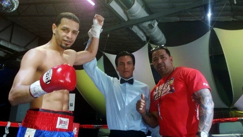 Puerto Rican Carlos 'Macho' Lopez wins in Mexico