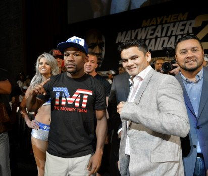 "Left-Hook Lounge Mailbag: Floyd Mayweather's ""Questionable"" Past?, Maidana Glove Controversy, & Rigondeaux's"