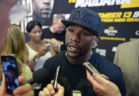 Floyd Mayweather & Mickey Bey media day workout quotes