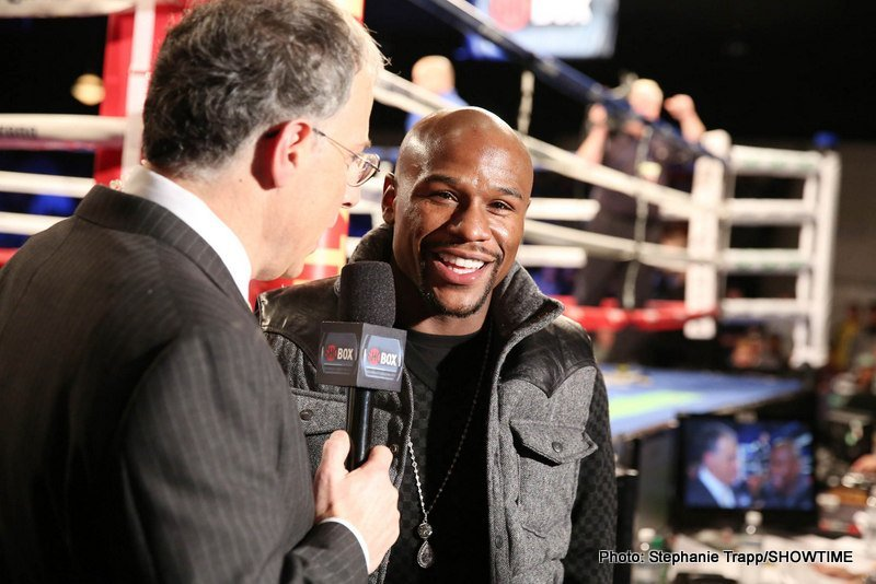 Mayweather hopes Khan fight will happen in 2015