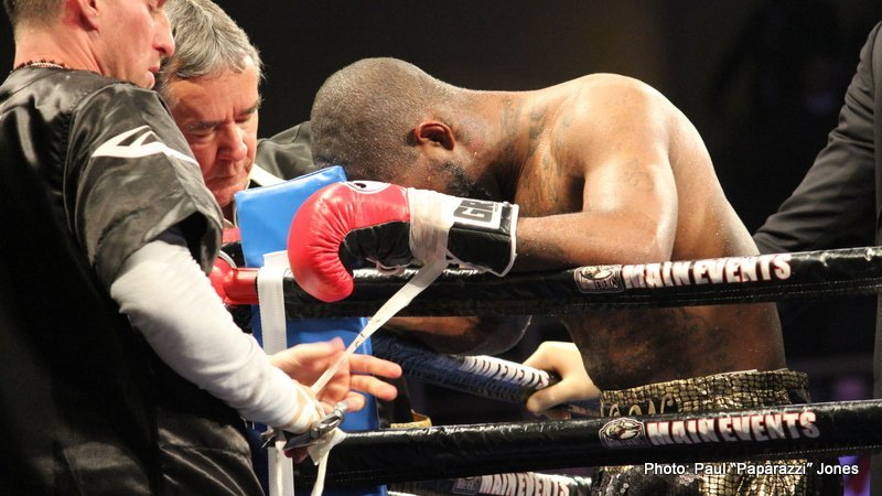 """Kovalev Grinds Down Agnew; Warns Light Heavyweight Division to """"Stay in Shape!"""""""