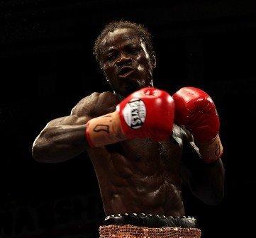 Ghana's Maxwell Awuku taunts WBA Interim champ Gamboa