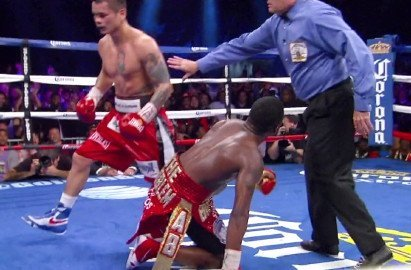 Adrien Broner, Broner vs. Maidana, Marcos Maidana, Roy Jones Jr. - Roy Jones Jr. thinks it was a big mistake for former WBA welterweight champion Adrien Broner (27-1, 22 KO's) to have been matched against a puncher like Marcos Maidana (35-3, 31 KO's) last month in their fight on December 14th. Jones Jr. thinks that Broner's tougher than expected fight against Paulie Malignaggi was a sign that he needed to fight a slightly stronger fighter for his next fight instead of being put in with arguably the hardest puncher in the 147 lb. division in Maidana.