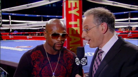 Arum: Mayweather is poaching the Mexican holiday