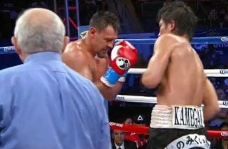 Guerrero vs. Kamegai - Former two division world champ Robert Guerrero (32-2-1, 18 KO's) may have misjudged the talent of his opponent Yoshihiro Kamegai (24-2-1, 21 KO's) tonight because he took a real beating from the Japanese fighter in winning a 12 round unanimous decision on Golden Boy Promotions' card at the StubHub Center in Carson, California.