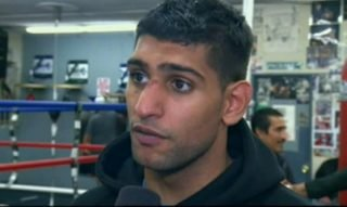 Amir Khan, Floyd Mayweather Jr, Khan vs. Mayweather - Stephen Espinoza, the President of Sports for Showtime, thinks Floyd Mayweather Jr. (45-0, 26 KO's) vs. Amir Khan (28-3, 19 KO's) on May 3rd would be a good fight for Showtime pay-per-view due to the 27-year-old Khan's fighting style. While Espinoza still isn't saying that he specifically prefers Khan to Marcos Maidana as Mayweather Jr's next opponent, he does seem to be dropping an awfully big hint by praising Khan's fighting at length in an interview with ESPN from today.