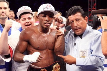 """Erislandy Lara - (Photo By Al Applerose) HOUSTON, TX (March 13, 2014) - Super Welterweight sensation, Erislandy """"The American Dream"""" Lara (19-1-2, 12 KOs) has been elevated to World Champion by the WBA (World Boxing Association) after successfully defending his interim title against Afredo Angulo (22-4, 18 KOs) and Austin Trout (26-2, 14 KOs).  The Cuban born fighter, who now resides in Houston, Texas, is happy that the WBA has made their decision to make him a World Champion."""