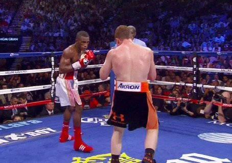 Erislandy Lara focused on Ishe Smith fight