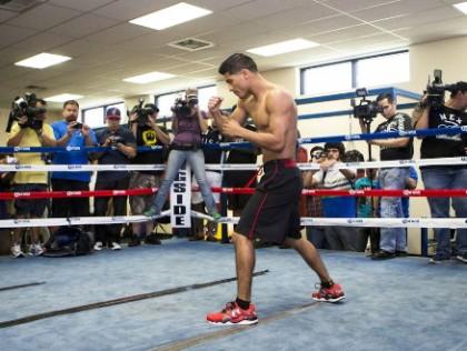 Abner Mares Jhonny Gonzalez Mares vs. Gonzalez Boxing News