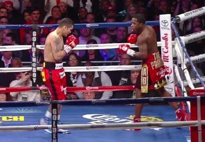 Floyd Mayweather Jr, Marcos Maidana, Mayweather vs. Maidana - WBA welterweight champion Marcos Maidana (35-3, 31 KO's) is going to need to throw the rule book out the window on May 3rd for him to beat Floyd Mayweather Jr. (45-0, 26 KO's) in their pay per view clash on Showtime from the MGM Grand in Las Vegas, Nevada. Maidana is going to need to do everything he can to win this fight, including bending the rules in order to make give himself a chance to win.