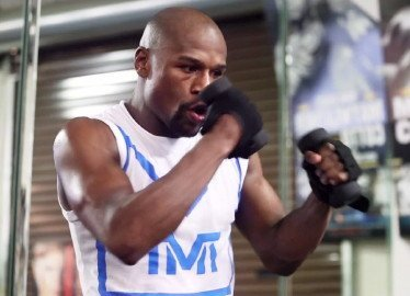 """Floyd Mayweather Jr Mayweather vs. Canelo Saul """"Canelo"""" Alvarez Boxing News"""