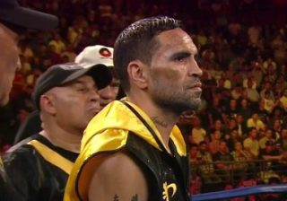 Anthony Mundine - Mundine V Green 2 Round by Round:  Adelaide Oval, Adelaide, Australian National anthem sung by Jessica Mauboy as the lead in to Anthony Mundine (47-8) V Danny Green (36-5) 2. First bout between the pugilistic enemies was won in a walk by Mundine in a boxing masterclass.