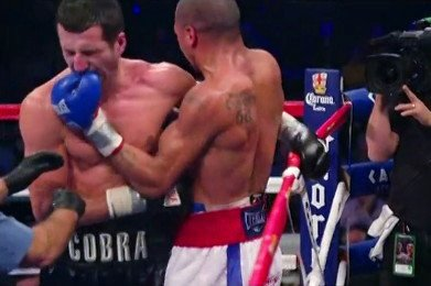 Andre Ward, Carl Froch - Max Kellerman of HBO offered up the idea that IBF/WBA super middleweight champion Carl Froch can always look in the direction of WBA super middleweight champion Andre Ward if he wants to get a good opponent in the near future. Ward still has a victory over Froch from 2011 that Froch has nothing to try and avenge. Ward has open to a fight against Froch for the past three years, and he's still willing to fight him if he's feeling up to it. Froch has been feasting lately on the unproven George Groves, and he's not fought a quality fighter for some time since he was beaten by Ward in the Super Six tournament.